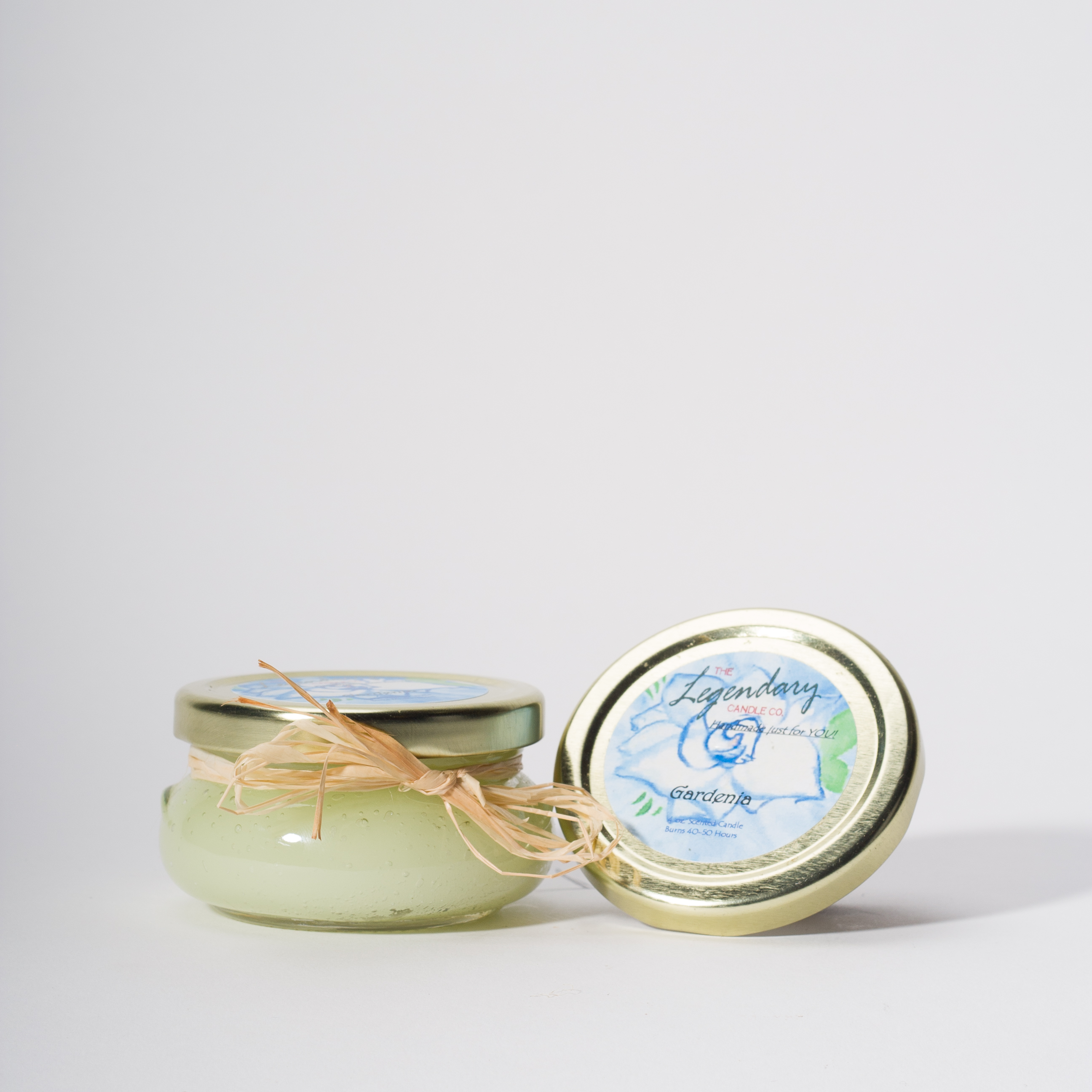 4 Ounce Gardenia Scented Tureen Jar Candle