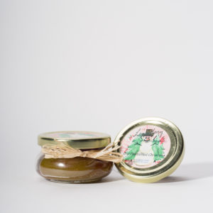 4 Ounce Old Fashioned Christmas Scented Tureen Jar Candle